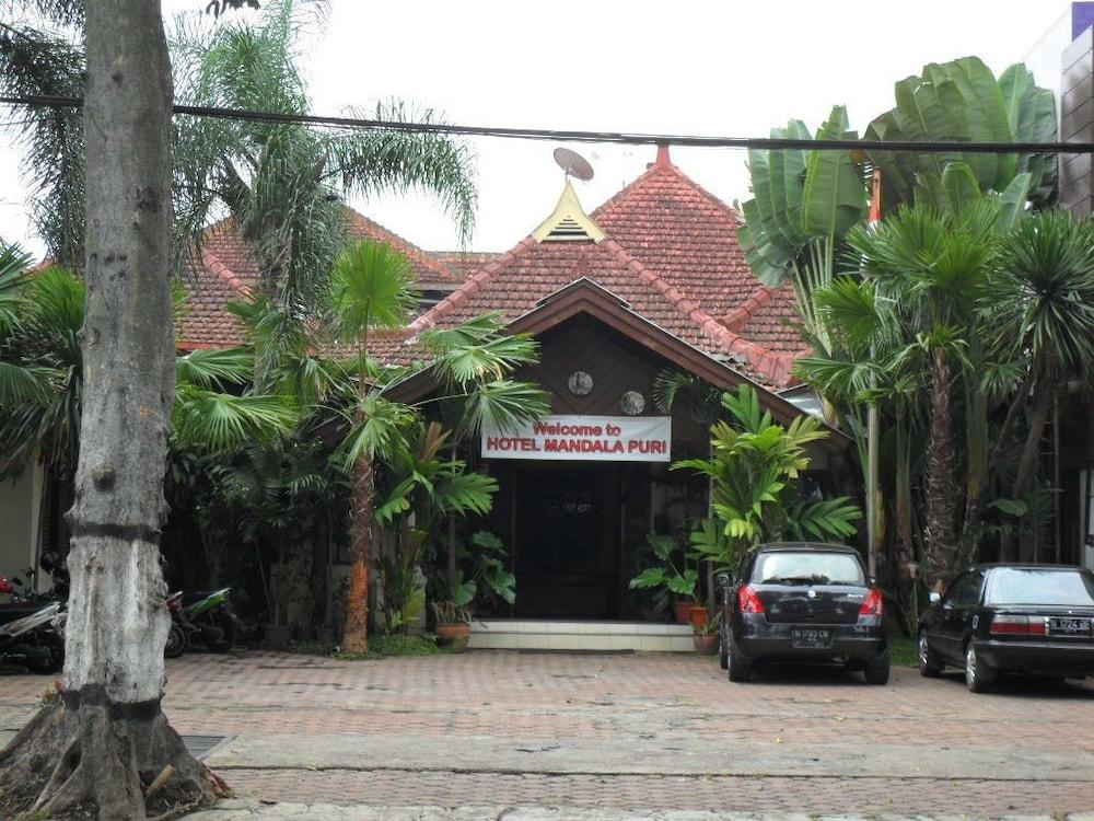 Mandala Puri Malang
