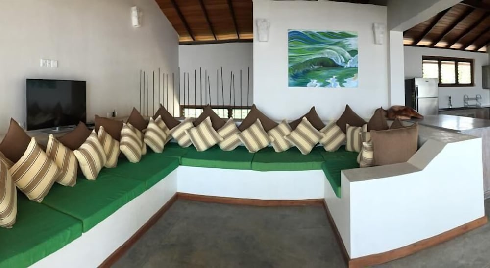 Chillax Villas