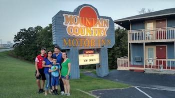 Mountain Country Inn in Branson, Missouri