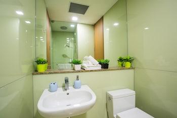 Soho Suites at KLCC - Bathroom  - #0