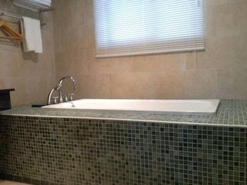 Jin Huei Hotel - Deep Soaking Bathtub  - #0