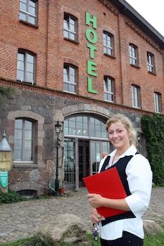 Photo for Landhotel Zur Scheune in Bollewick