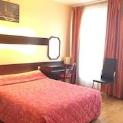 庇里牛斯民族飯店