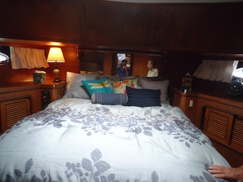 OUR YACHT - Guestroom  - #0