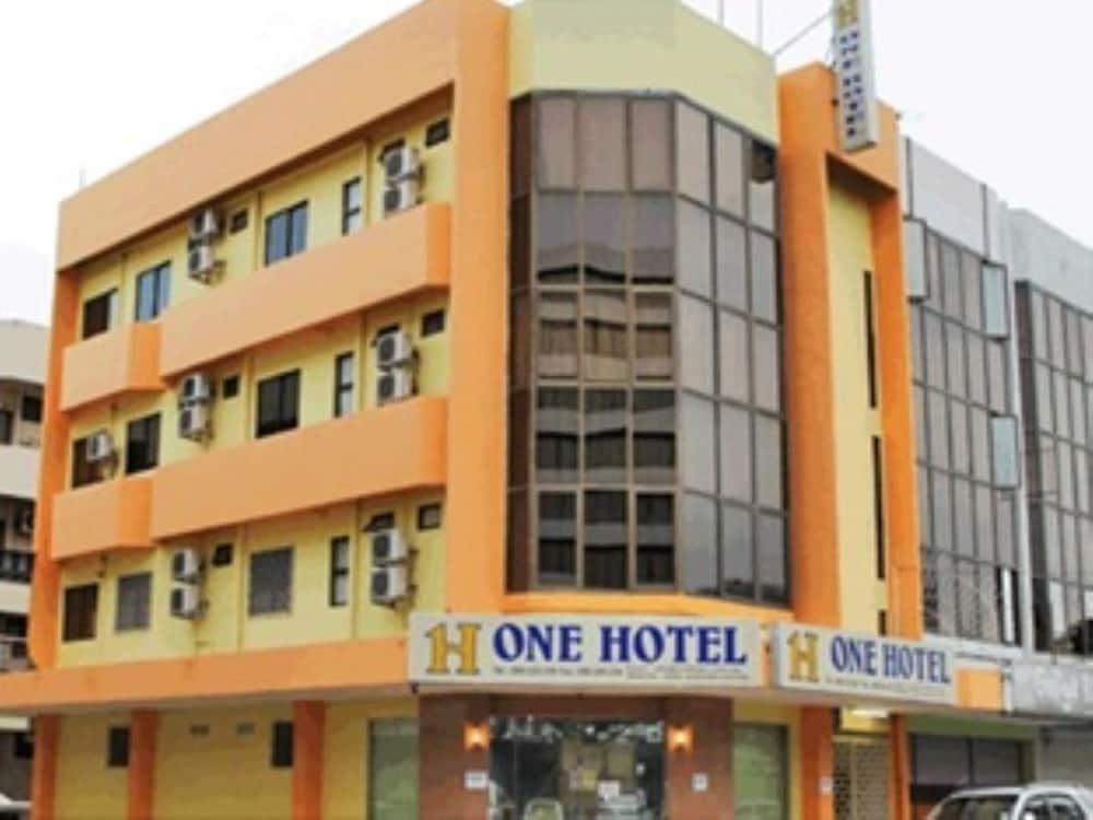 One Hotel Sadong Jaya