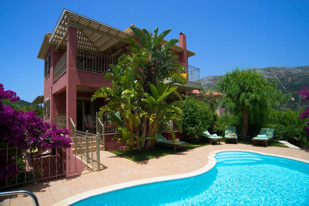 Stamoulis Villas