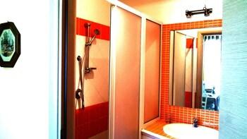 Appartamenti Castel Sant'Angelo - Bathroom  - #0