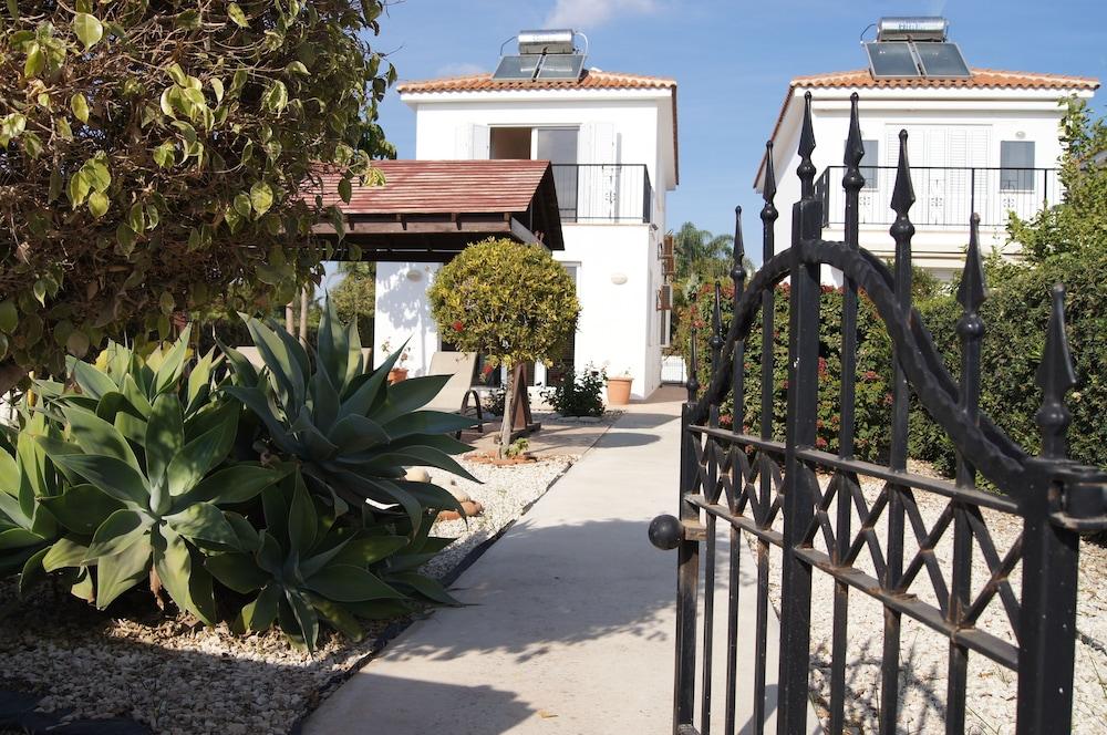 Silver Beach Villa