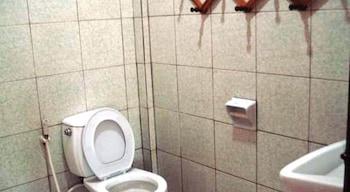 Baan Bua Guesthouse - Bathroom  - #0