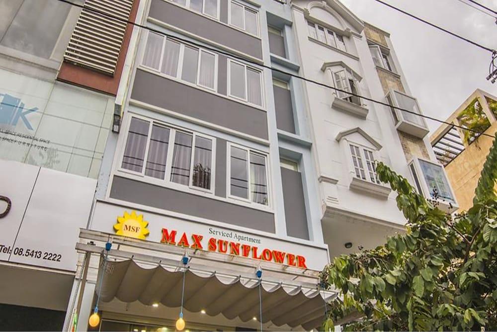Max Sunflower Hotel
