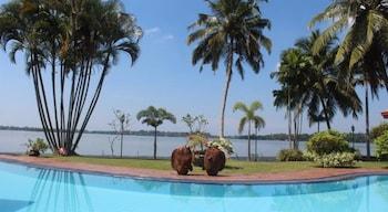Photo for Blue Water Villa in Piliyandala