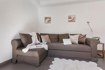 Apartamentos Cornellalux - Living Room  - #0
