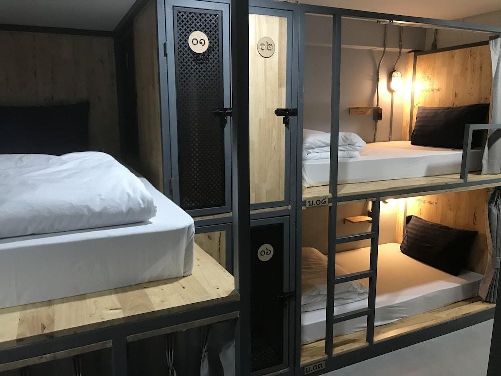 Plubpla Hostel