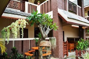KhumJaoJomKaew Resort - Exterior  - #0