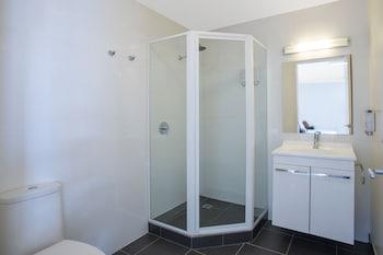 Comfort Inn & Suites Warragul - Bathroom  - #0
