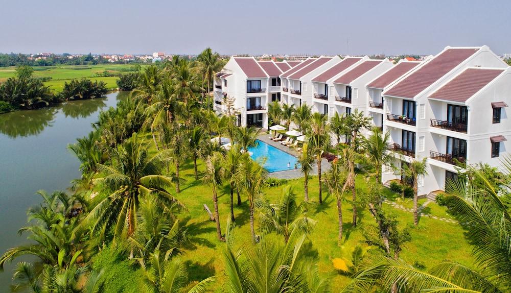 Hoi An Waterway Resort