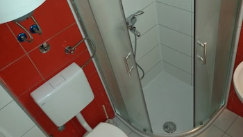 Carol Rooms - Bathroom  - #0