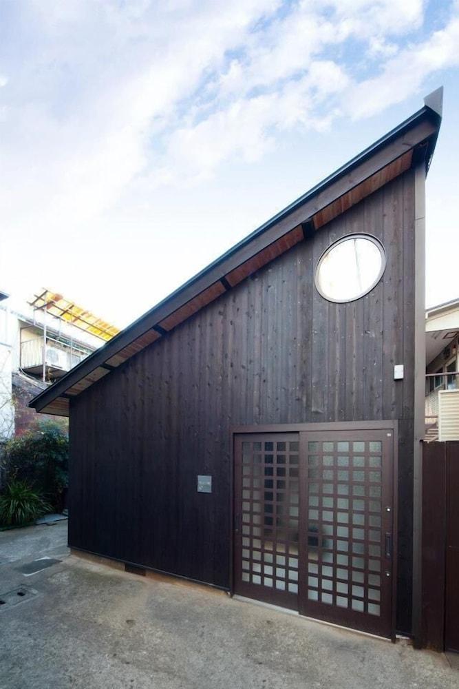 Kamishichiken Umenotoan