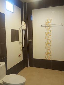Lake View Resort - Bathroom  - #0