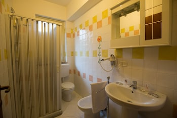 Alloggio Madogi - Bathroom  - #0
