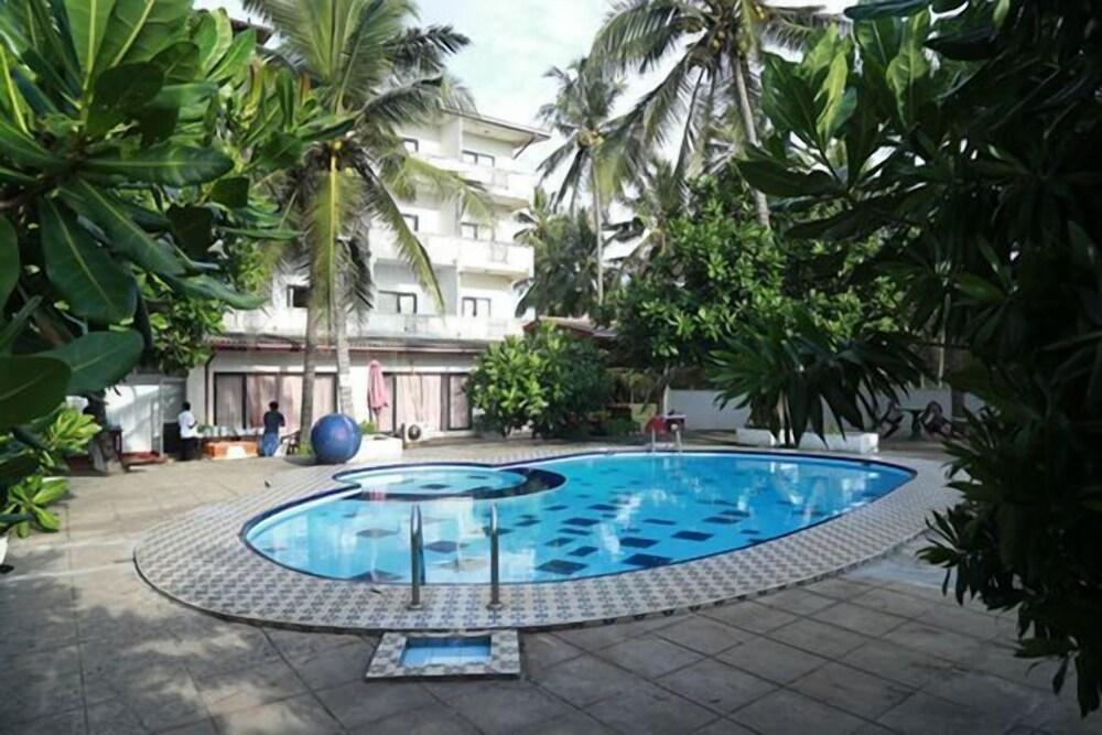 Sea Shine Beach Hotel