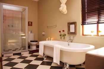 Elegant Manor Guest House - Bathroom  - #0