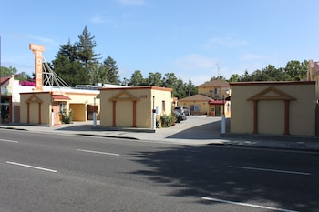 Budget Motel in Mountain View, California