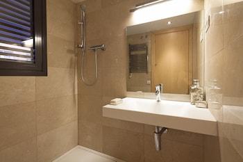My Space Barcelona Pool Apartment Gracia - Bathroom  - #0
