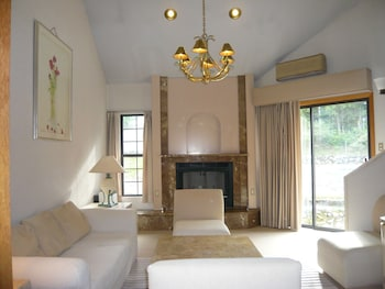 Hakuba Royal Suites - Living Room  - #0