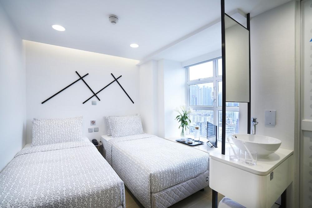 Minimal Hotel Culture