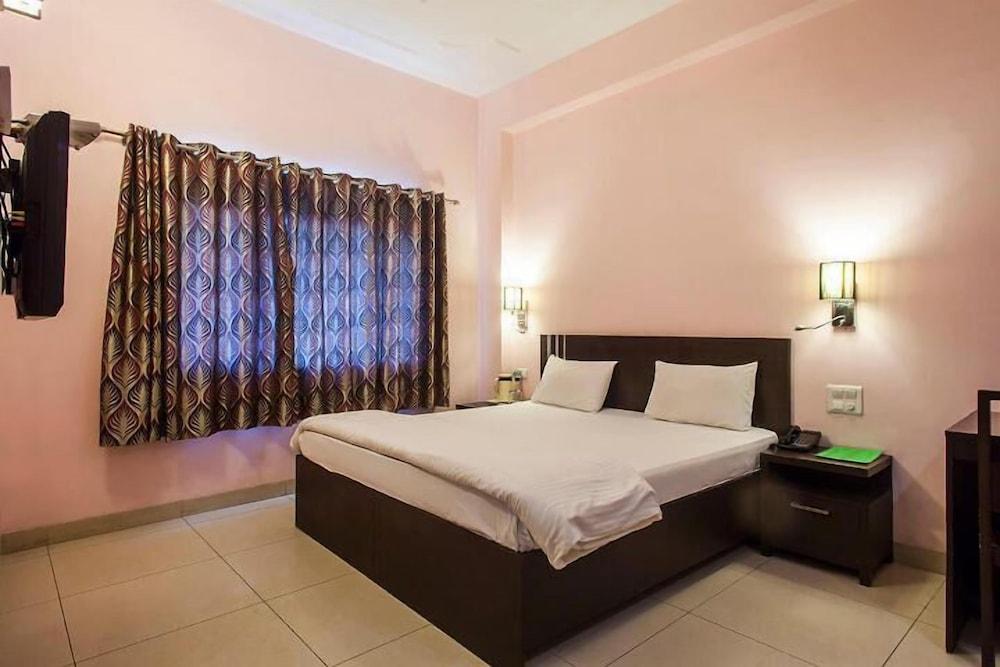 Hotel Shubham Majesty