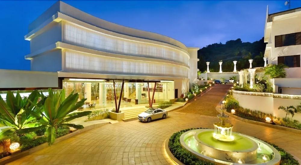 Park Regis Goa