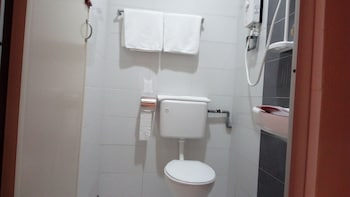 Check Inn - Bathroom  - #0