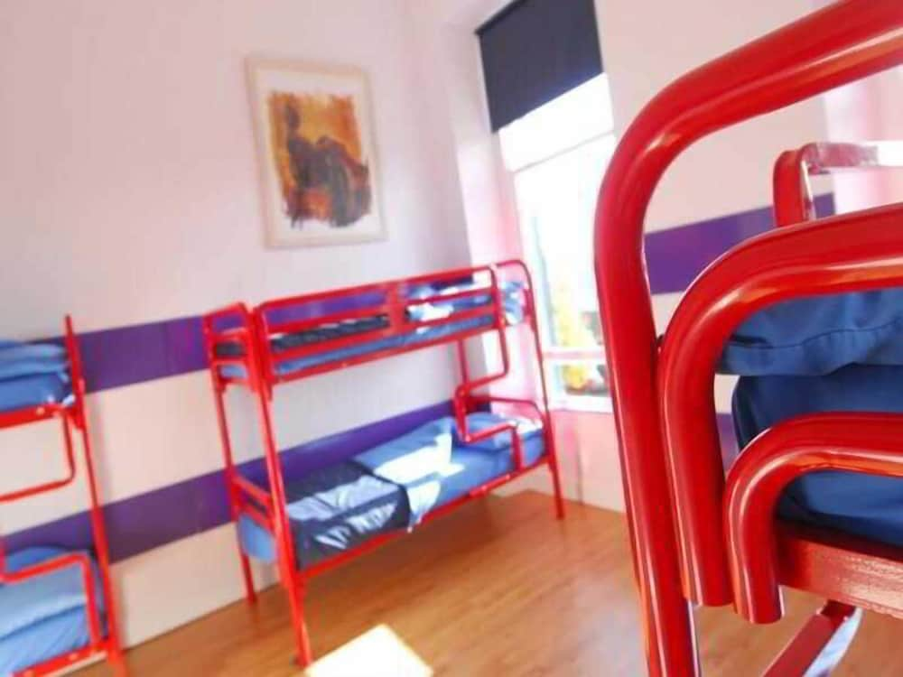 Sheilas Tourist Hotel