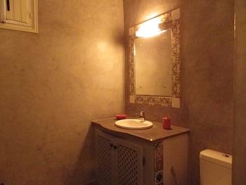 Dar Sema Djerba Houch d'Hôtes - Bathroom Sink  - #0