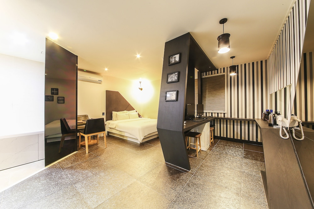 Number25 Hotel