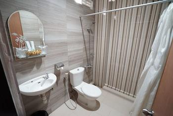 Patria Plaza Hotel - Bathroom  - #0