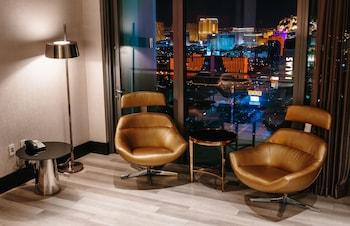 StripViewSuites at Palms Place - Guestroom View  - #0