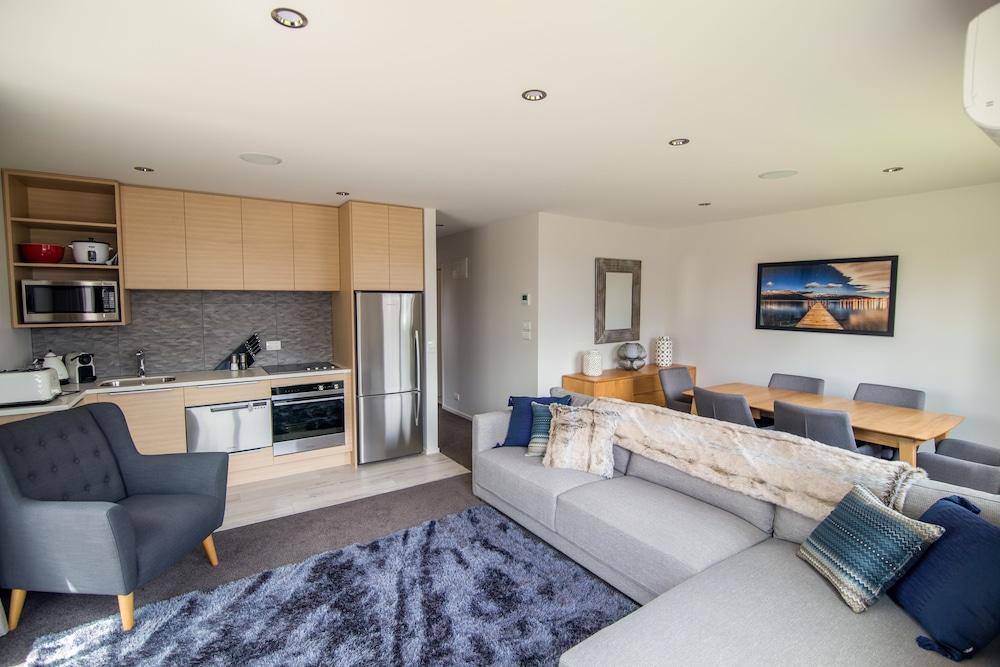 Te Anau Deluxe Apartments