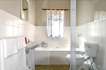 La Gratitude Guest House - Bathroom  - #0