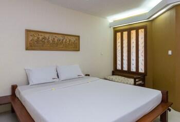 烏塔拉帕德瑪 2 號瑞德多茲普拉斯飯店