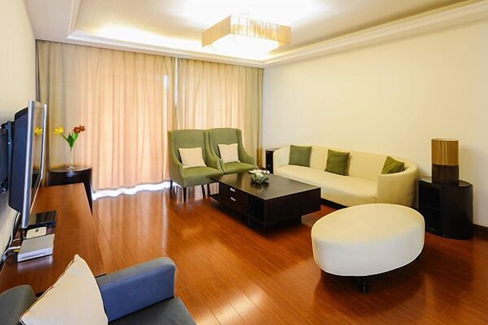 CityLife Serviced Apartments-Top of City