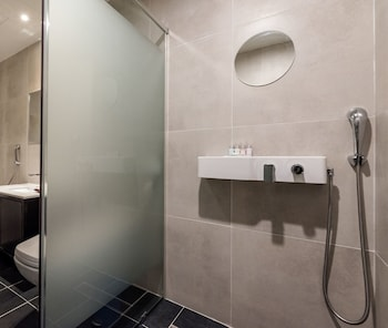 Hotel Marcher - Bathroom  - #0