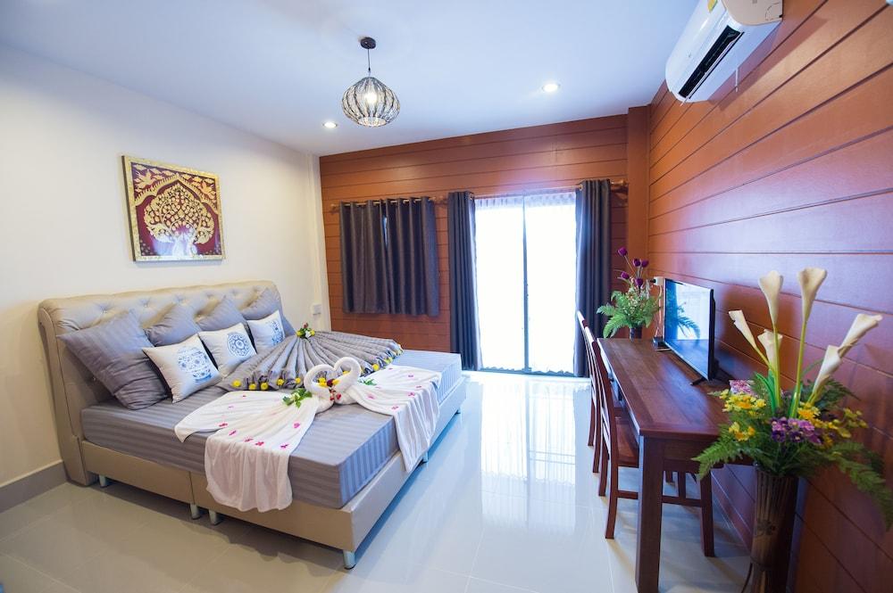 Sri Siam Resort