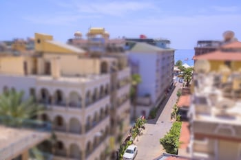 Photo for Twin Apart Hotel in Alanya