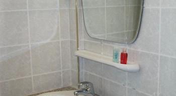 Thaweesuk Old town Boutique Homestay - Bathroom Sink  - #0