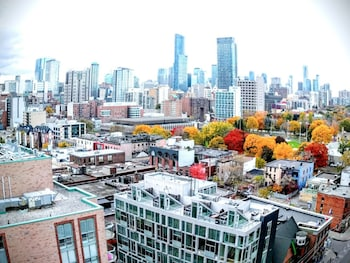 MiCasa Suites - Stylish Condo by St. Lawrence Market - City View  - #0
