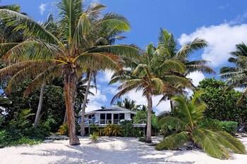 拉羅湯加沙灘別墅飯店