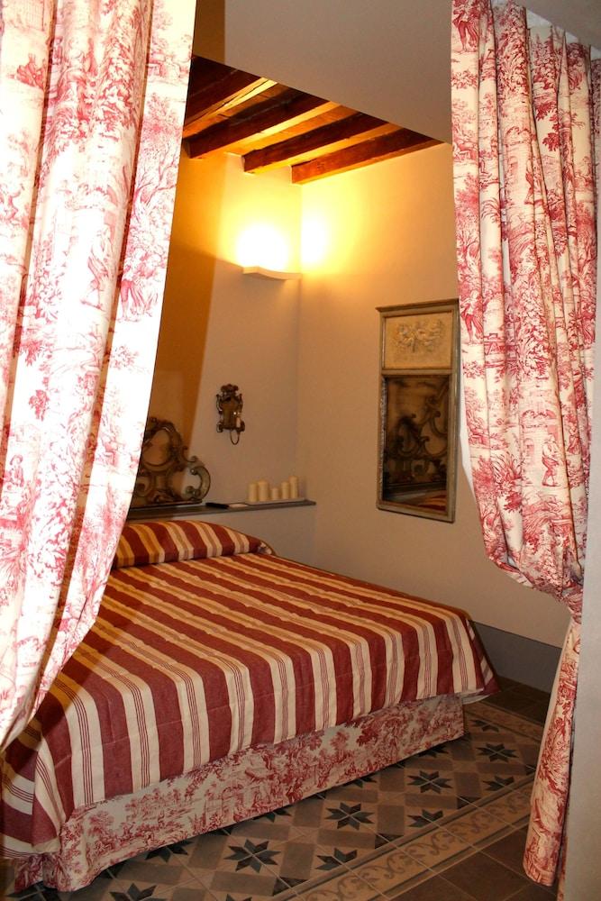 Residenza D'Epoca Corte Dei Neri