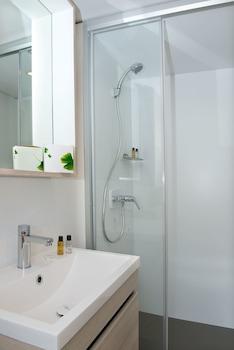 Les Mûriers - Bathroom  - #0